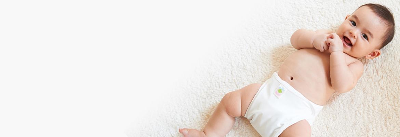 赤ちゃんが最初に着る「肌着」 どんなものがいい?