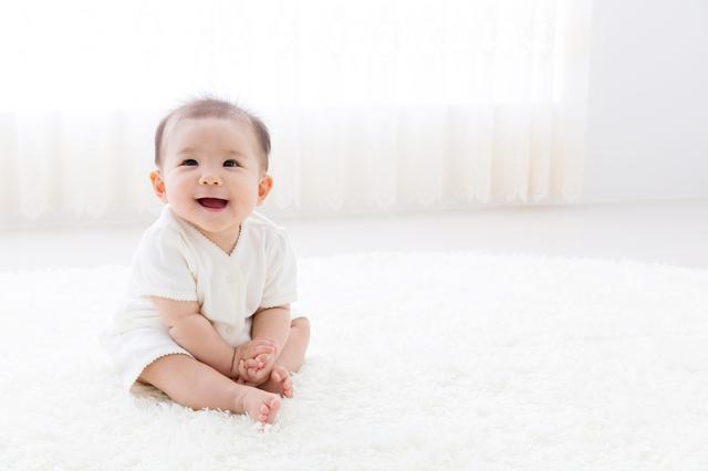 言語や音楽を少しずつ学習しながら、赤ちゃんの社会性も育っていきます