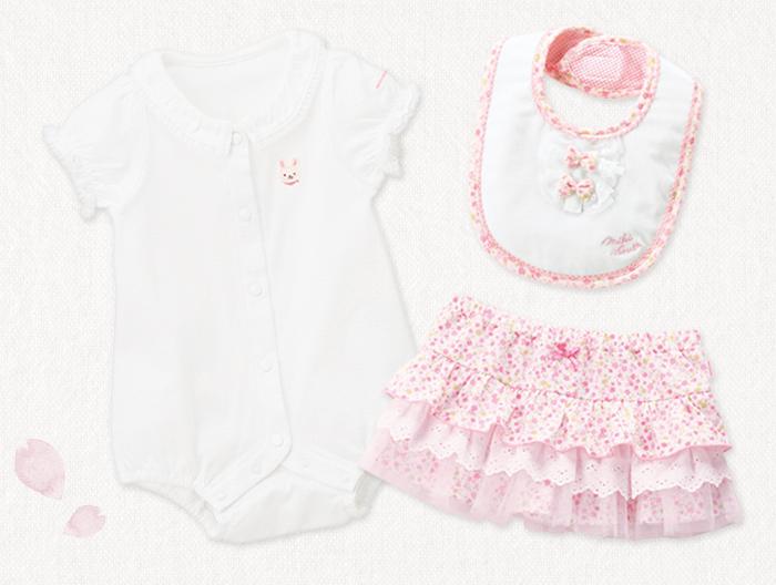 赤ちゃんの春から夏にかけてのお洋服(女の子)