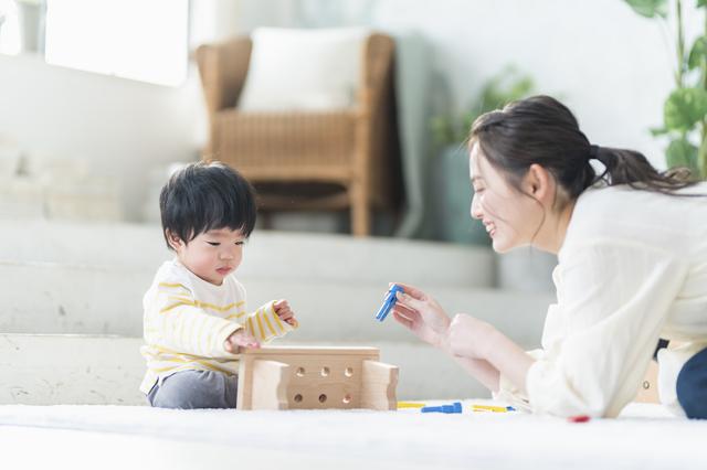 知育に興味のあるママ・パパへおすすめの出産祝いは「おもちゃ・絵本」