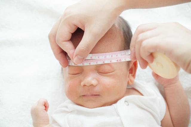 【1か月】3分で読める「産後1年間」の子育てガイド