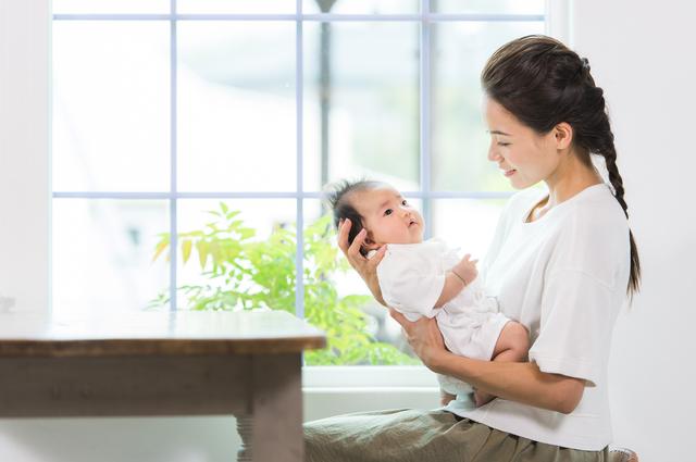 【2か月】3分で読める「産後1年間」の子育てガイド
