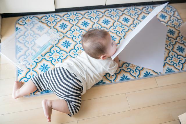 【8か月】3分で読める「産後1年間」の子育てガイド